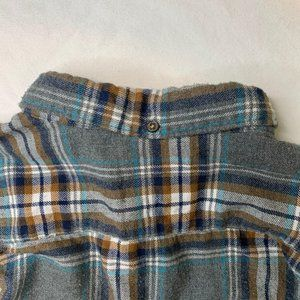 Denim & Flower Shirts - Denim & Flower Fuzzy SLIM FIT Flannel Size XL